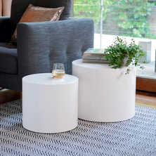 Circular gloss stacking tables white