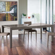 Extending gloss dining table stone