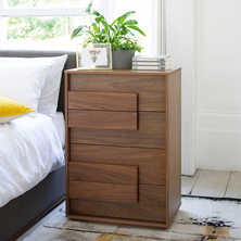 Median chest of drawers walnut