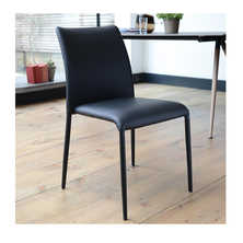 Svelte dining chair black