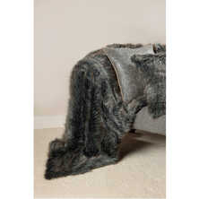 Faux fur throw wolf