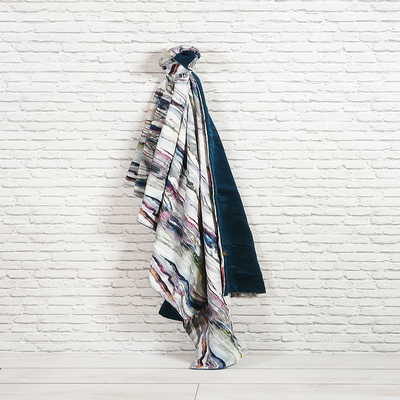 Marbled throw