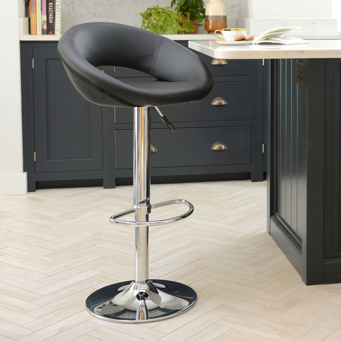 Retro Circles Bar Stool Black Dwell