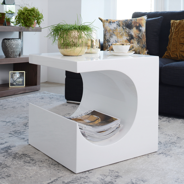 Sculptural side table white