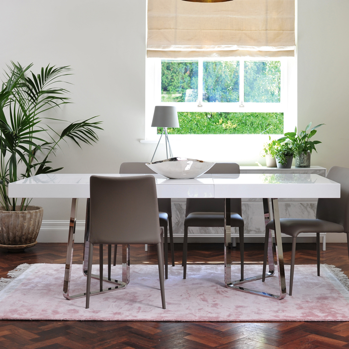 Brewer extending gloss 6-8 seater dining table white