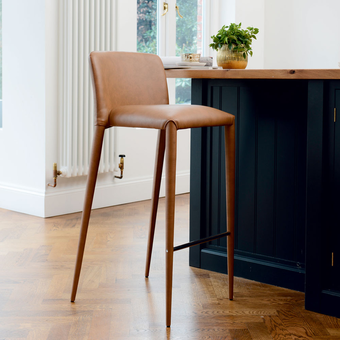 Svelte bar stool tan