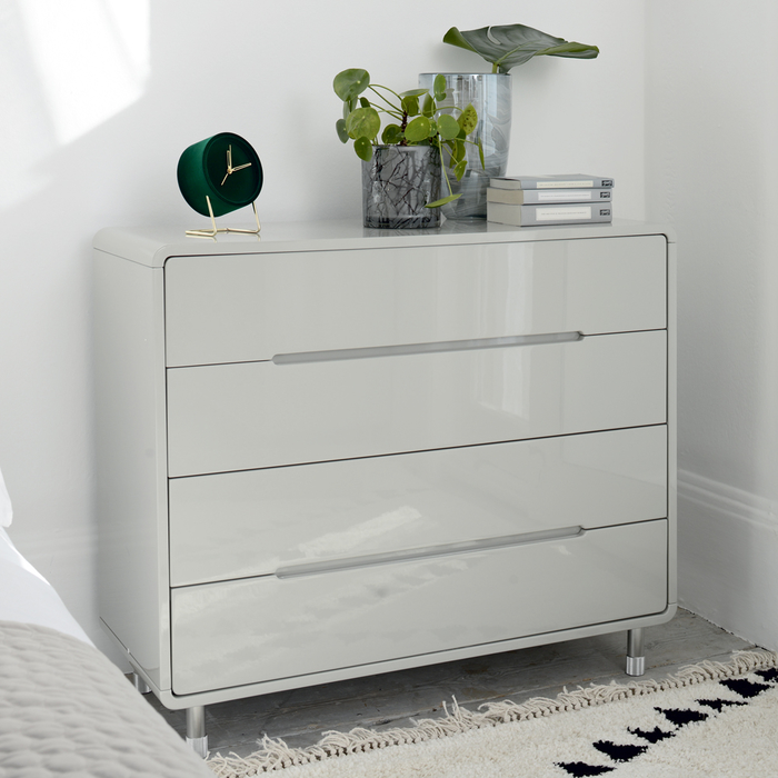 Notch wide chest of drawers light grey