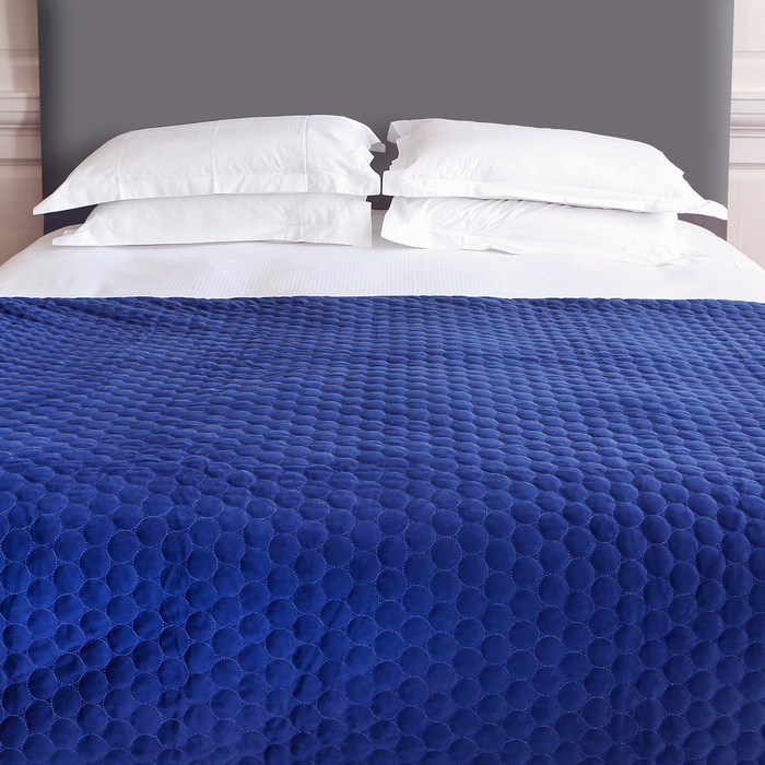 Quilted circles bedspread navy