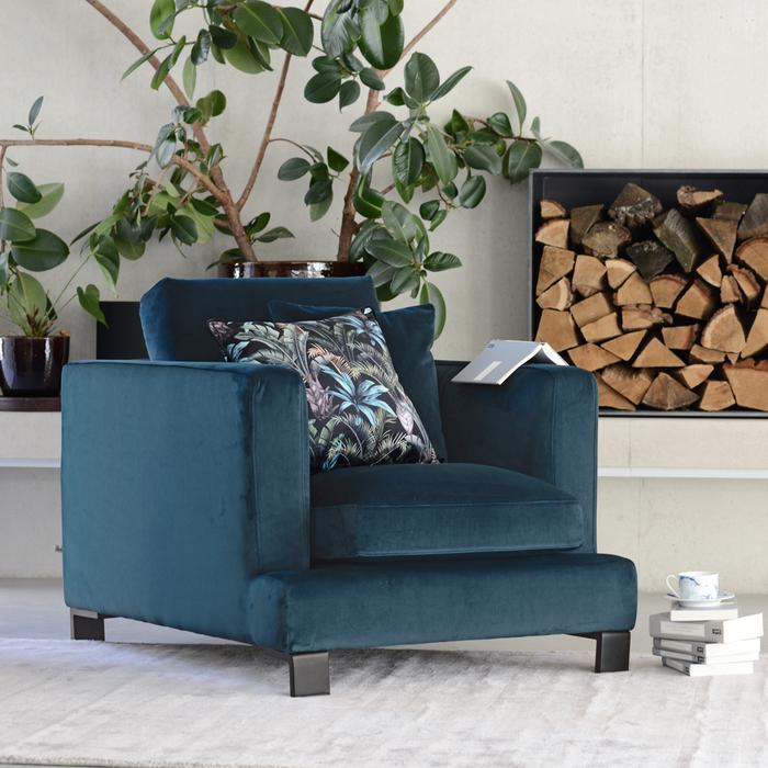 Lugano armchair blue velvet