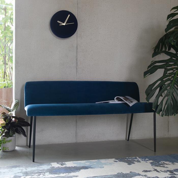 Svelte bench blue velvet